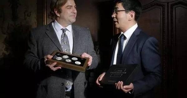 2015年世界送给中国藏友的礼物